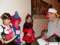 Ein bisschen Freude - die Sieger des Kostüm-Wettbewerbs ! 1. Preis (Dustin Hoffmann, Mitte), 2. Preis (Antonia Weber, Links) 3. Preis (Finja Becker, Rechts)